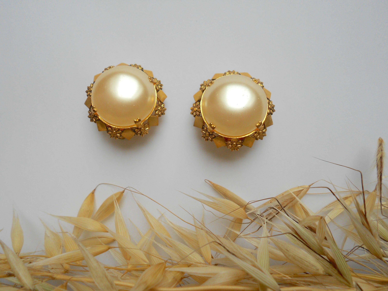 Boucles d oreille nacrées dorées vintages France clips anciens