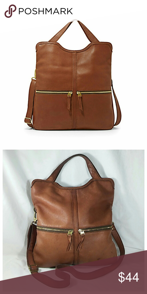 "Fossil Erin Foldover Crossbody Bag Scrumptious leather bag with both hand held handles and adjustable crossbody strap. The body is a pretty brown color with brass tone hardware. As you can see, it does have some blemishes but is in good shape overall. Covershot is for reference only. Measures 15"" x 14"" x 1.5"" 💥 Reasonable offers accepted 💥 Fossil Bags Crossbody Bags"