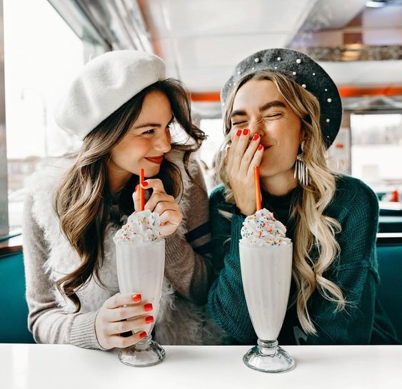 50 Fun and Creative Best Friend Picture Ideas You Should Try