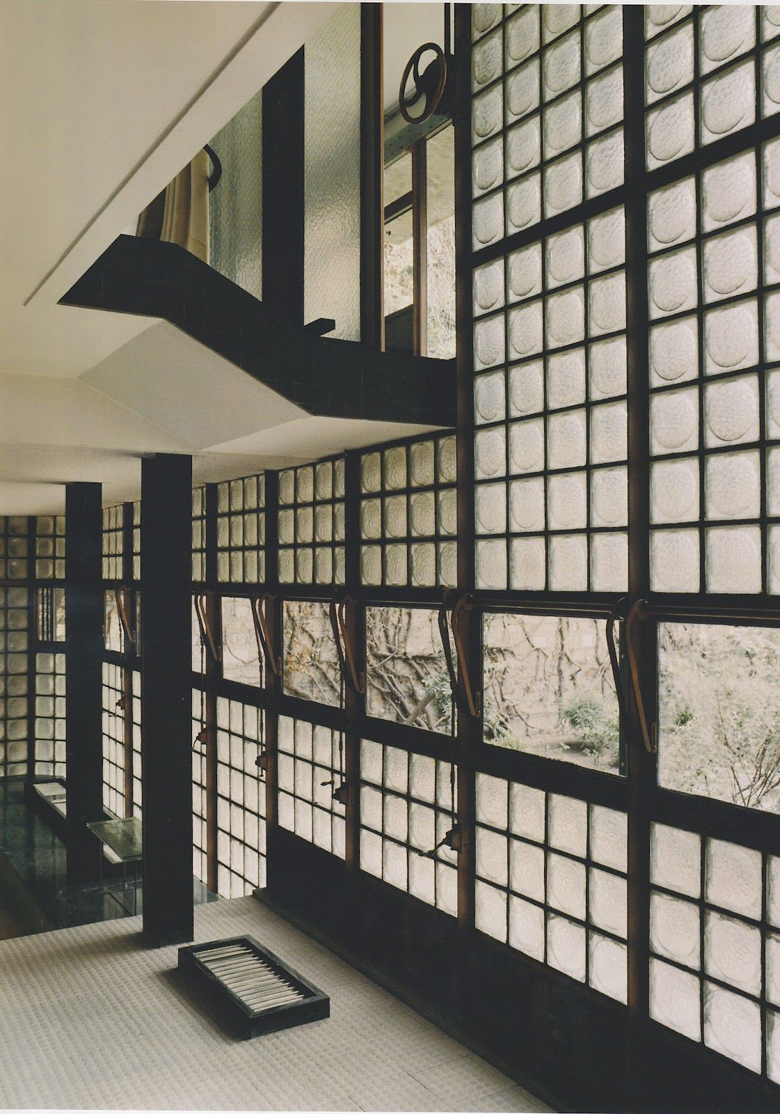 expressed structure brings a wonderful modern aesthetic chareau la maison de verre