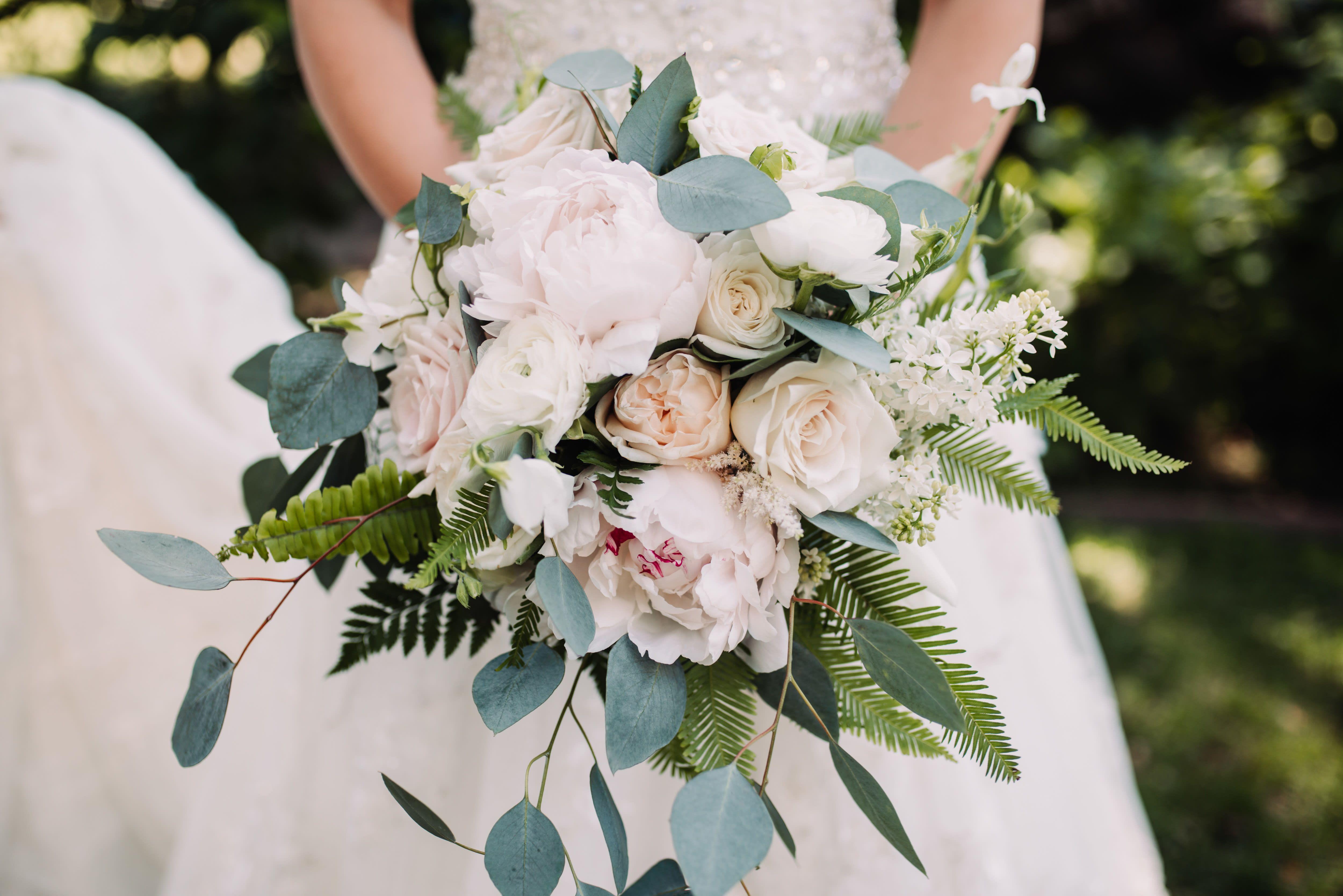 pin on bridal bouquets | brides & bridesmaids