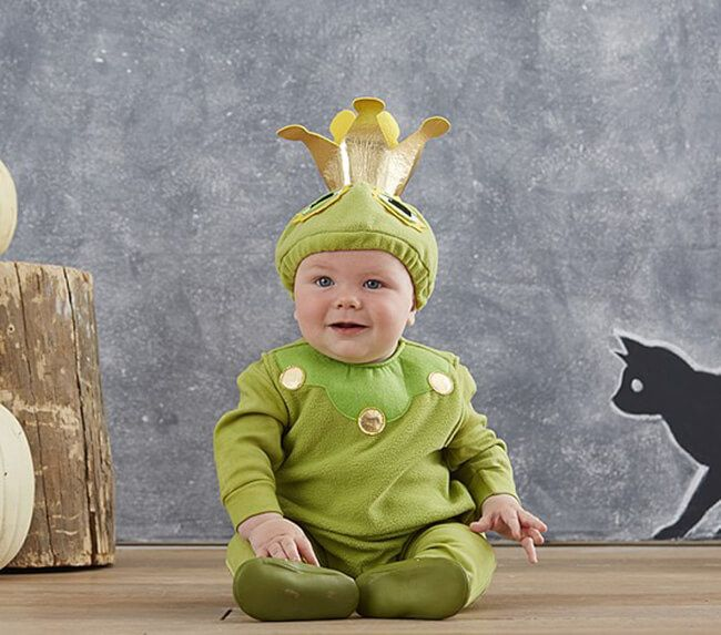 Frog Prince Baby Costume | Make fellow humans in Halloween party desperately want to kiss your baby by dressing him in this adorable frog prince costume.  sc 1 st  Pinterest & Frog Prince Baby Costume | Make fellow humans in Halloween party ...