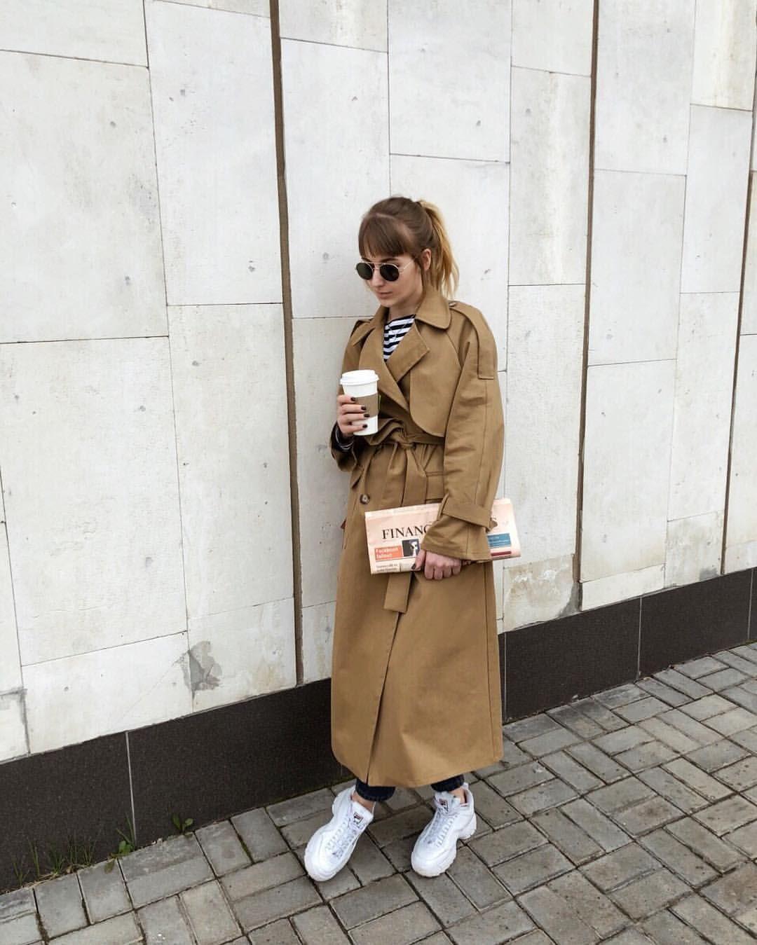 Классический бежевый тренч - самая актуальная вещь в гардеробе весной🌿 Он  прекрасно подойдёт как к платью, так и к джинсам… | Fashion, Womens  fashion, Street style
