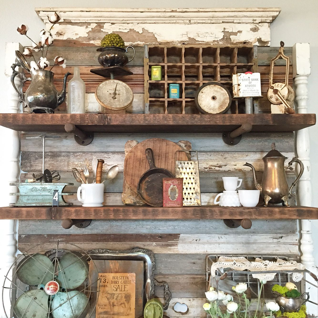 DIY Shelves & Shabby Chic Vintage Decor