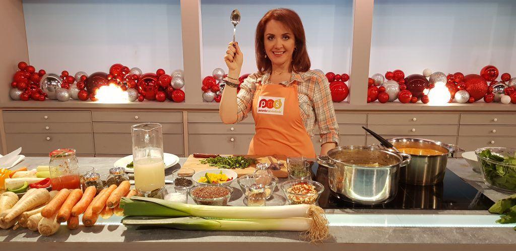 Ryba Na Szpinaku Zupa Przygotowana Dla Pytania Na Sniadanie Tvp2 Food Chicken Meat