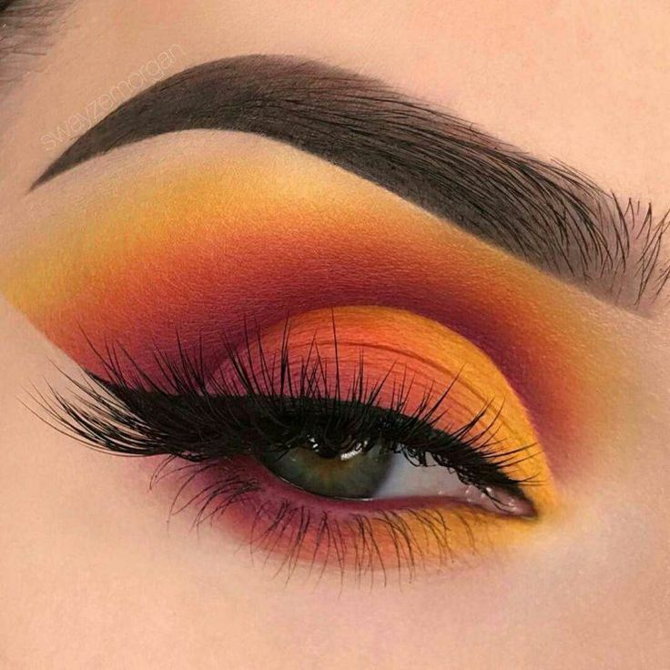 Sunset eyeshadow is the latest beauty trend We can\u2019t help but notice that the sunset eyeshadow is Instagram\u2019s latest beauty trend & everyone is loving it. I know for sure that everyone loves watching at sunsets. It feels so good, it\u2019s like every problem that you\u2019re having disappears after watching the sunset. It has that kind of power. Sunsets are cool, but \u2026 #makeupeyeshadow