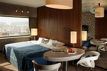 Hotel Yasmin Kosice, Tyrsovo Nabrezie 1, Kosice, SK 04001, Slovakia.  #travel    $177.20 average per night.