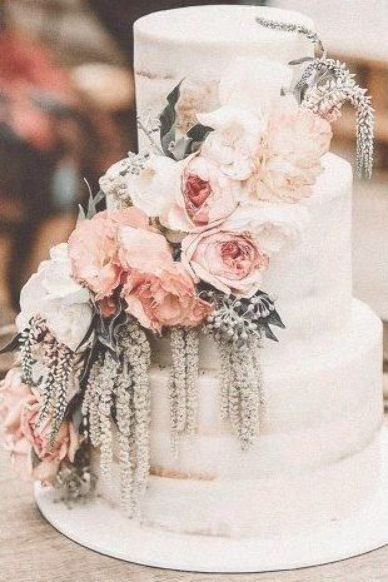Chic Bohemian Hochzeitsthema Ideen ★ Bohemian Hochzeitsthema Boho Kuchen weiß …   – creative wedding cakes