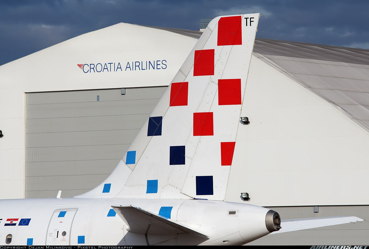 Photos Airbus A320 212 Aircraft Pictures Airliners Net Croatia Airlines Airlines Croatia