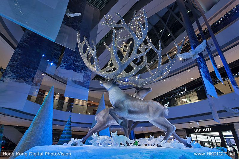 Ifc mall fantasy forest christmas decorations 2012 for Atrium design and decoration