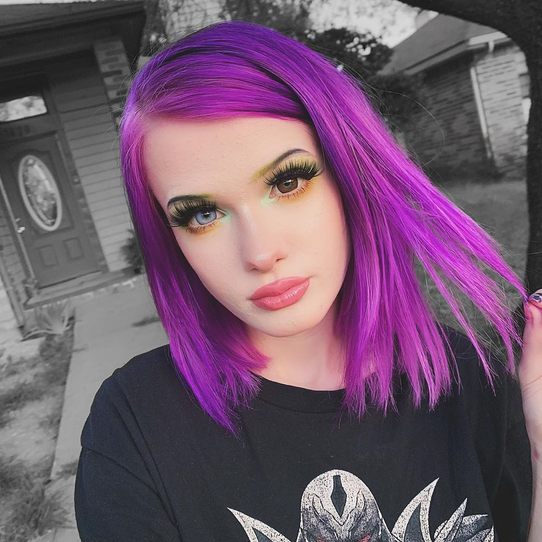 Arctic Fox Hair Color Spookbunni I Rlly Like This Pic Arcticfoxhaircolor Afvioletdream Purplehair Colorful Neon Hair Arctic Fox Hair Color Dip Dye Hair