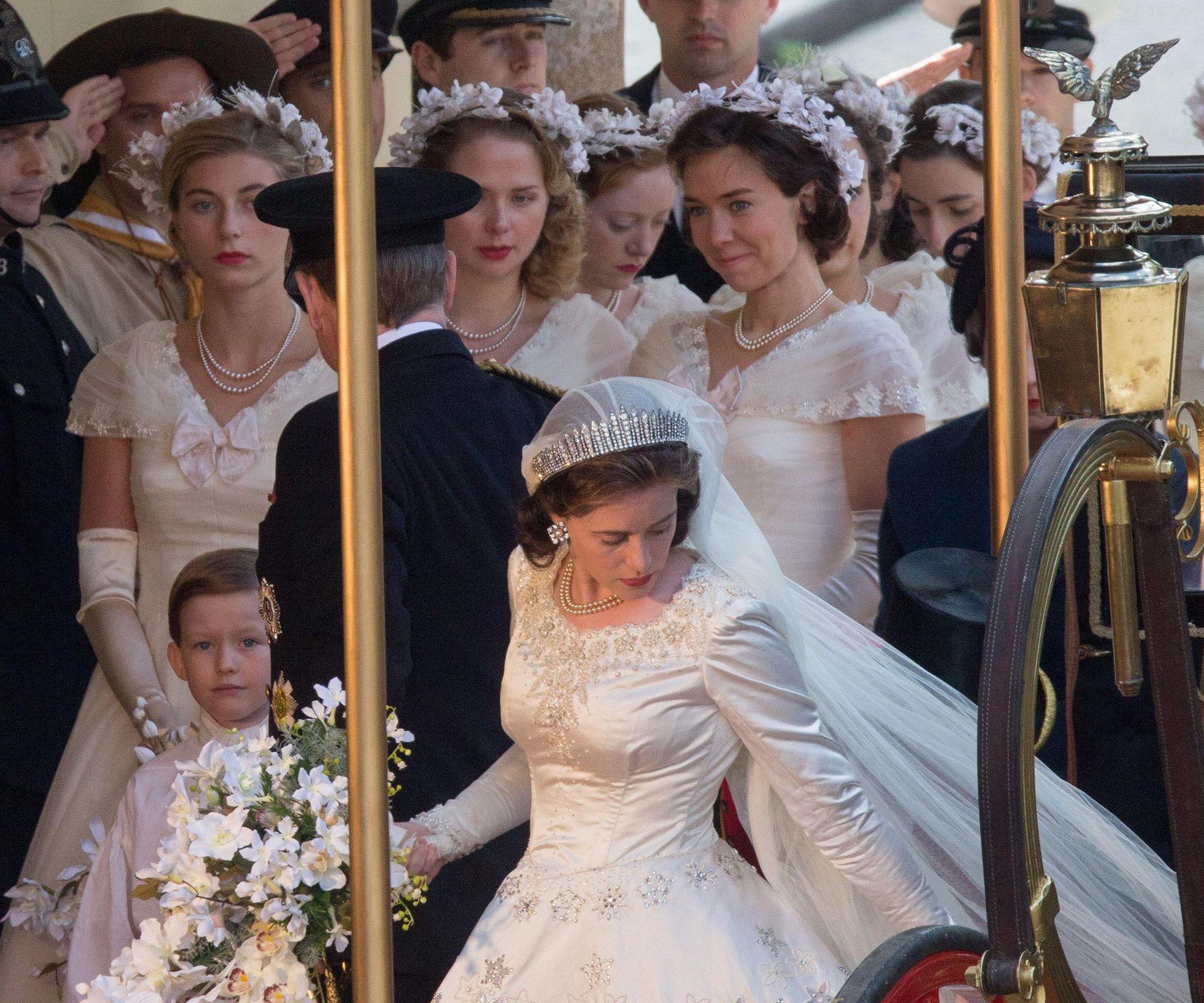 Queen Wedding: Queen Elizabeth's Breathtaking 1947 Wedding To Prince