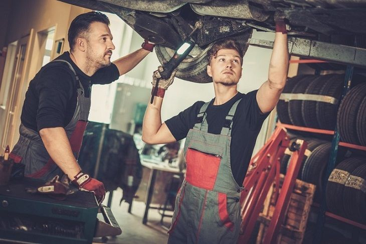 Transmission Service – Giving New Life to Your Vehicle
