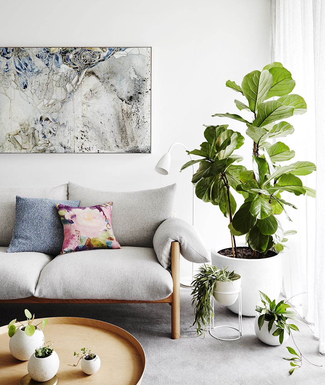 8 stylish ways to decorate live with plants page 39 of plant style