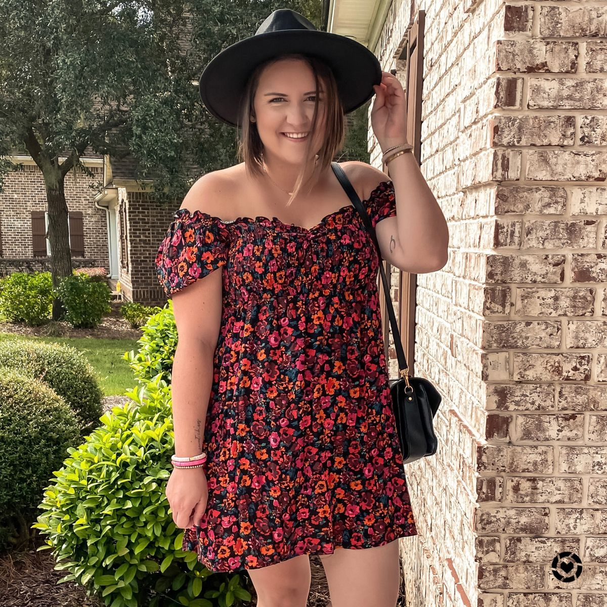 Target Style Fall Floral Dress Fall Casual Outfit Inspiration In 2020 Casual Fall Outfits Casual Outfit Inspiration Target Style Fall [ 1200 x 1200 Pixel ]