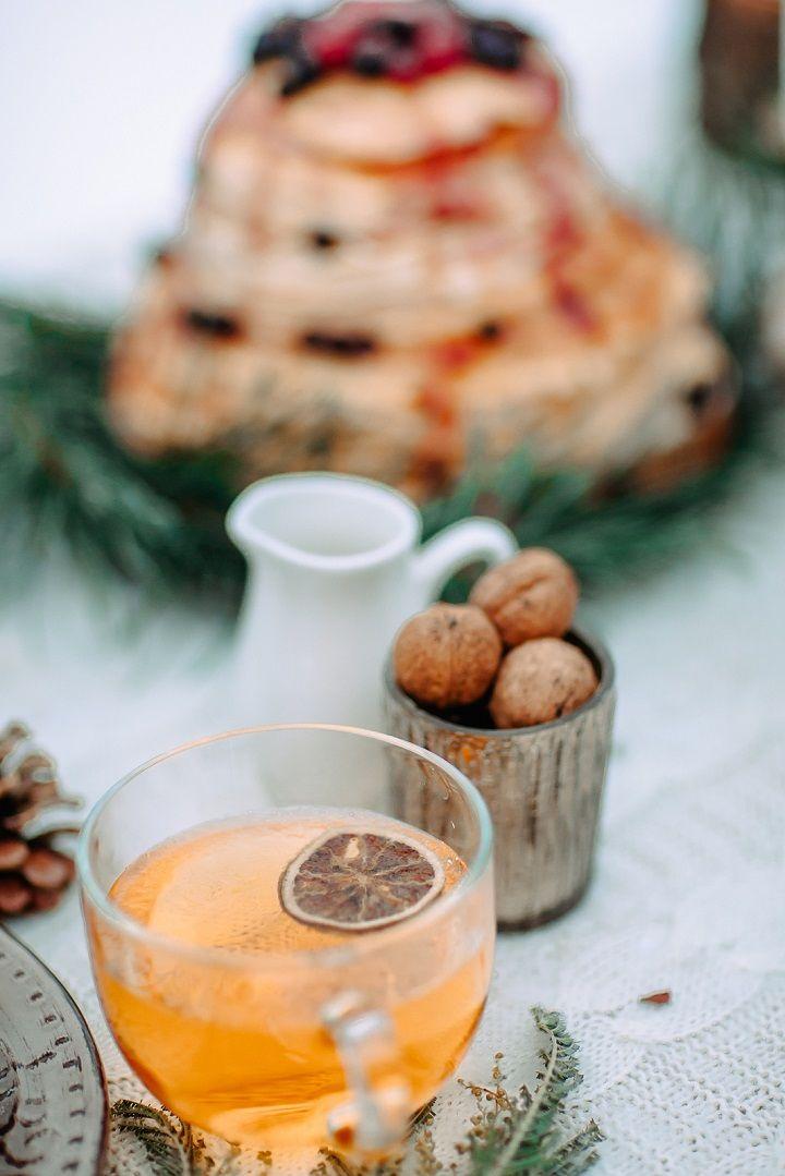 Pancake wedding cake | fabmood.com #wedding #winterwedding #outdoorwedding #snow #bride #weddingcake #peachdoorwedding #snow #bride #weddingdress #peach