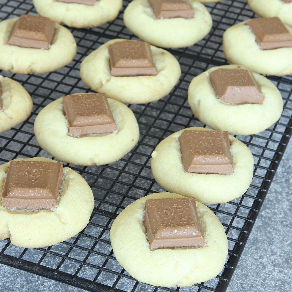 mördegskakor med chokladbitar