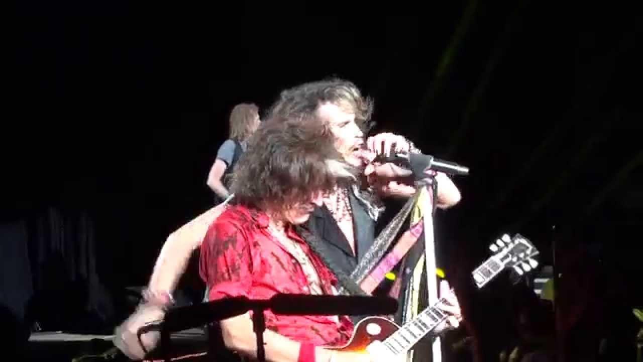 Toys In The Attic Live Aerosmith Tinley Park Chicago Il 7 25 2014 Aerosmith Toys In The Attic Tinley Park