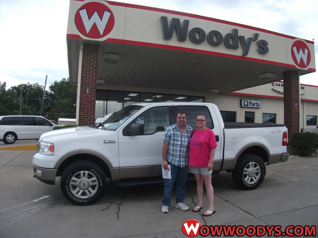 James and Tammy Woody from Marshall, Missouri purchased