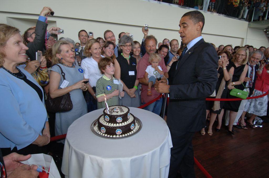 Tremendous Michelle Obama Birthday Cake Obama Jokes Picture Obama Jokes Funny Birthday Cards Online Inifodamsfinfo