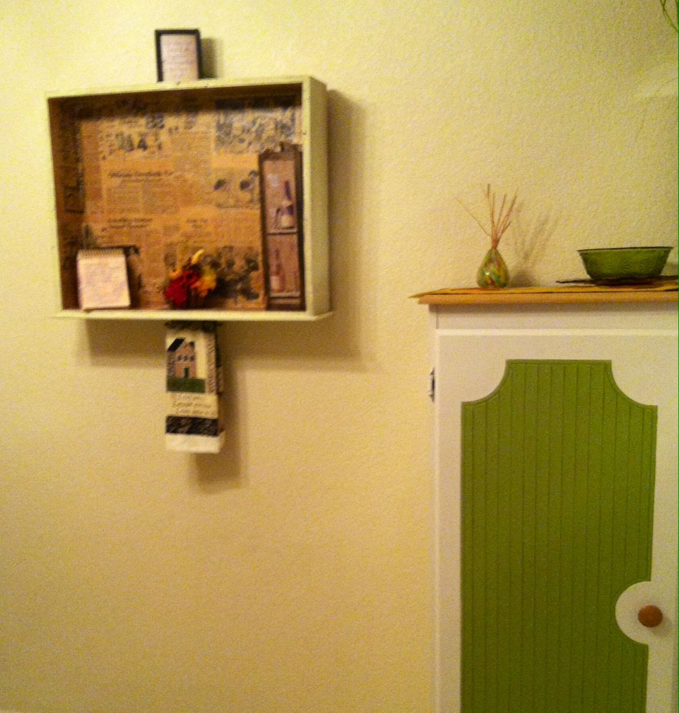 Kitchen Drawer Wall Shelf Paper Mâché Family or Old Newspaper ...