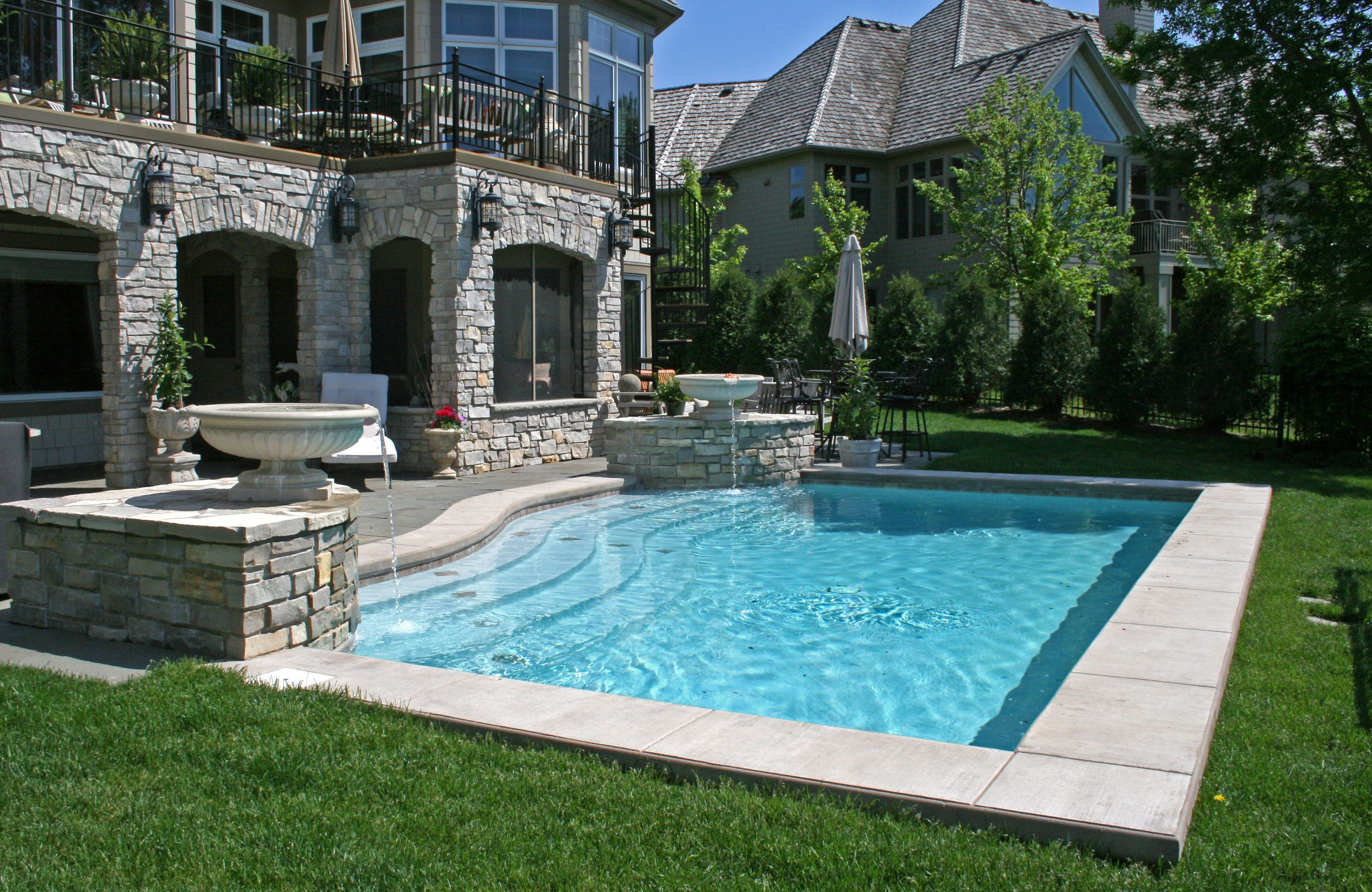 Pool Spa Construction Minneapolis Yardscapes Spa Pool Backyard Pool Swimming Pool Steps