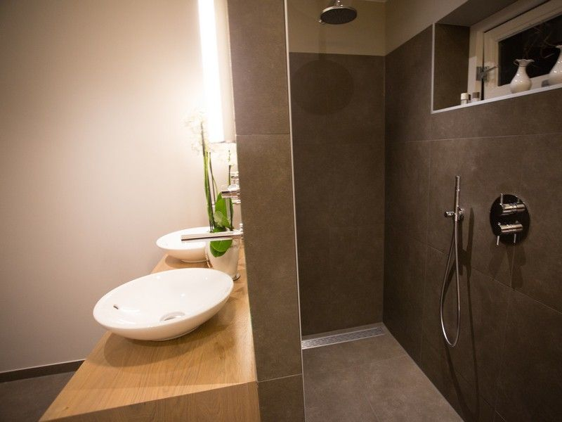 Badkamer Showroom Gooi : Badkamer t gooi badkamershowroom de eerste kamer in