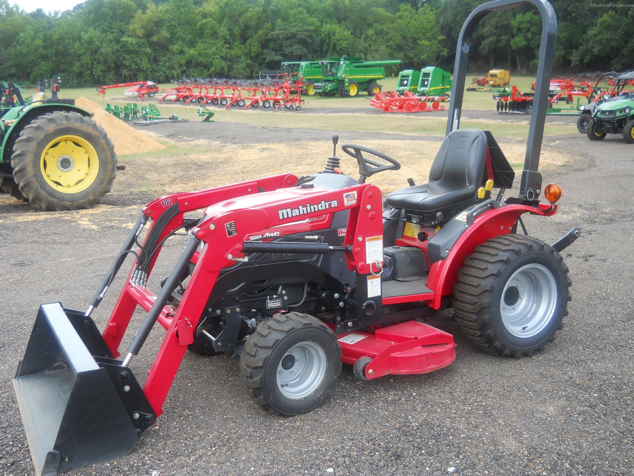 Mahindra Compact Tractors With Images Tractors Utility