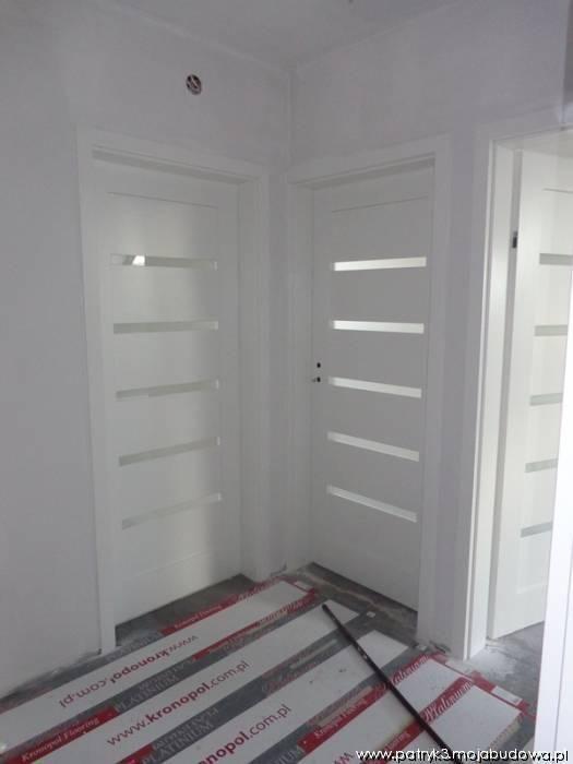 Mojabudowa Białe Drzwi Szukaj W Google Doors Locker