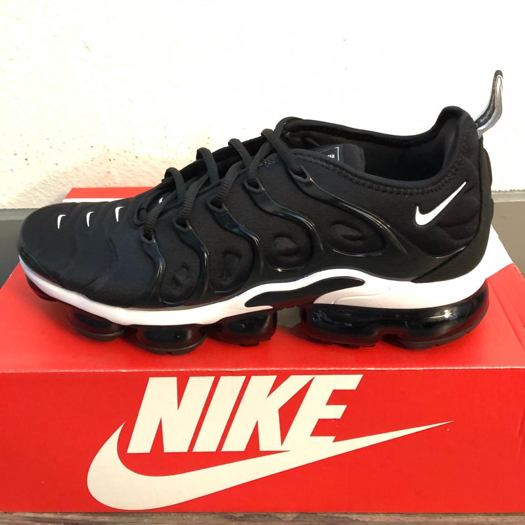 Nike Shoes | Nike Vapormax Plus Mens Size 10 | Color: Black