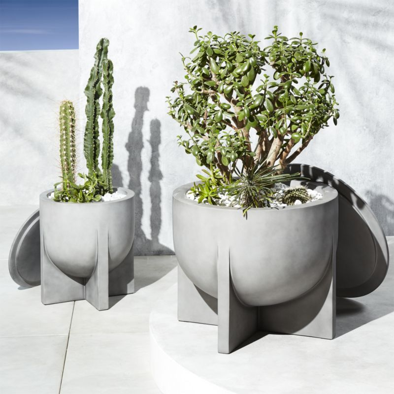 Shop Olly Resin Planters Fiberglass And Polyester Resin Mix To Form This Multi Talented Outdoor Vessel A Natural Resin Planters Planters Outdoor Planters