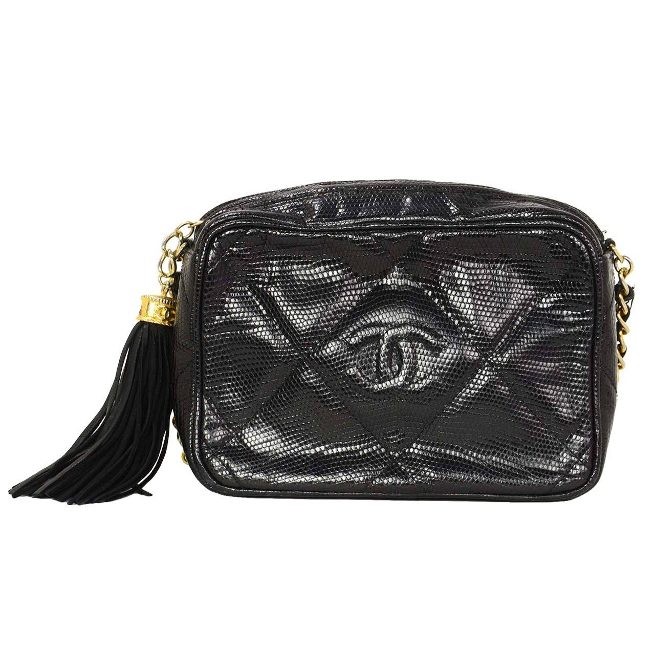 22dd06fd345ccb CHANEL '80s Vintage Black Lizard Quilted Camera Bag w/ Tassel GHW | From a