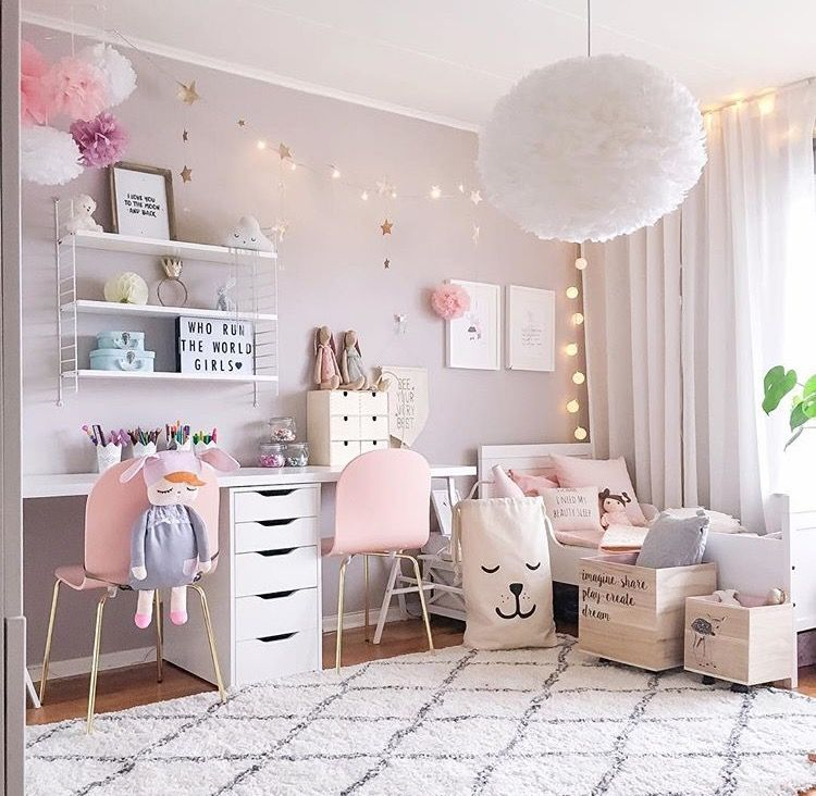 pingl par katja koro ec sur baby room pinterest chambres chambre filles et chambre enfant. Black Bedroom Furniture Sets. Home Design Ideas