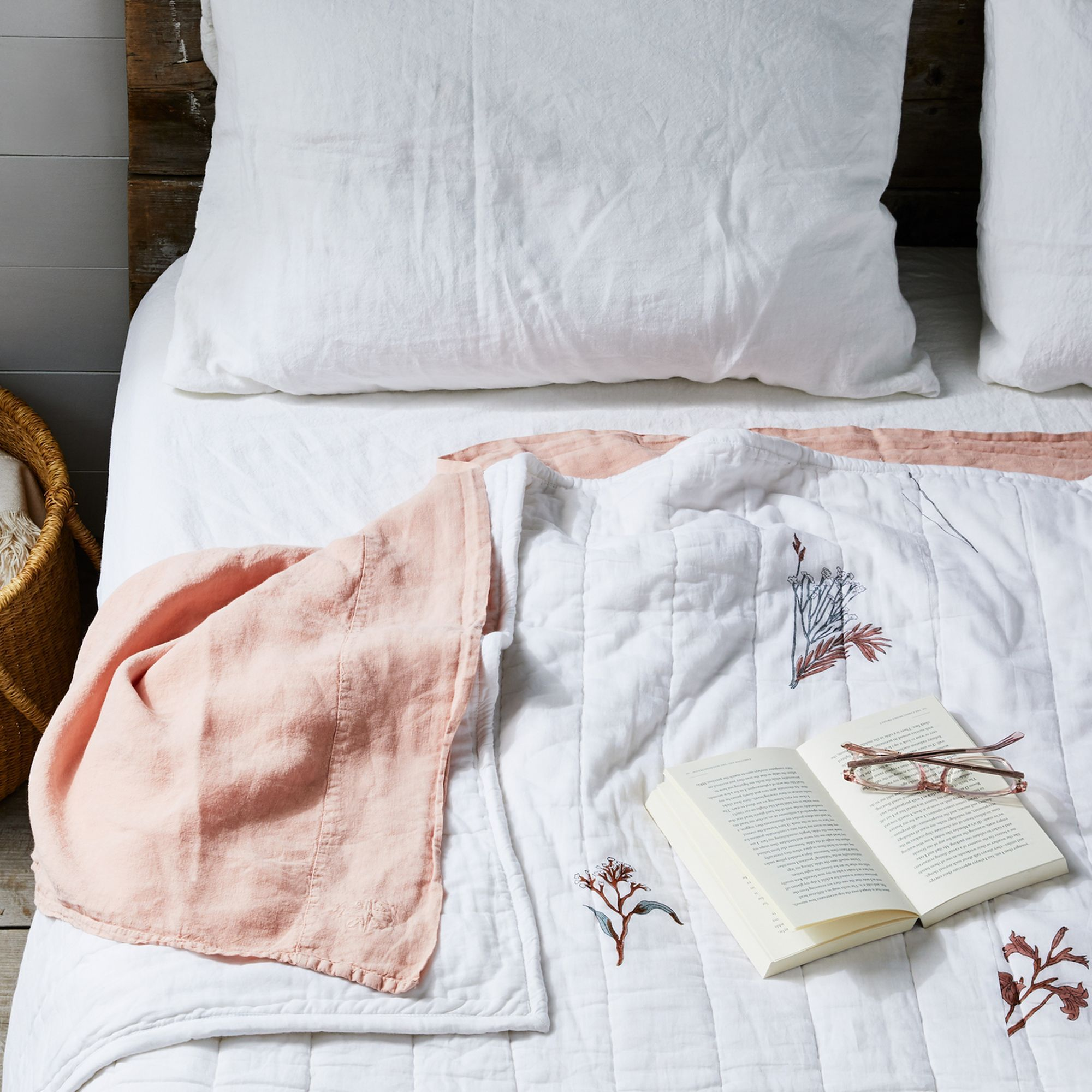 5 Insider Tricks to Make Your Bedroom As SleepFriendly As
