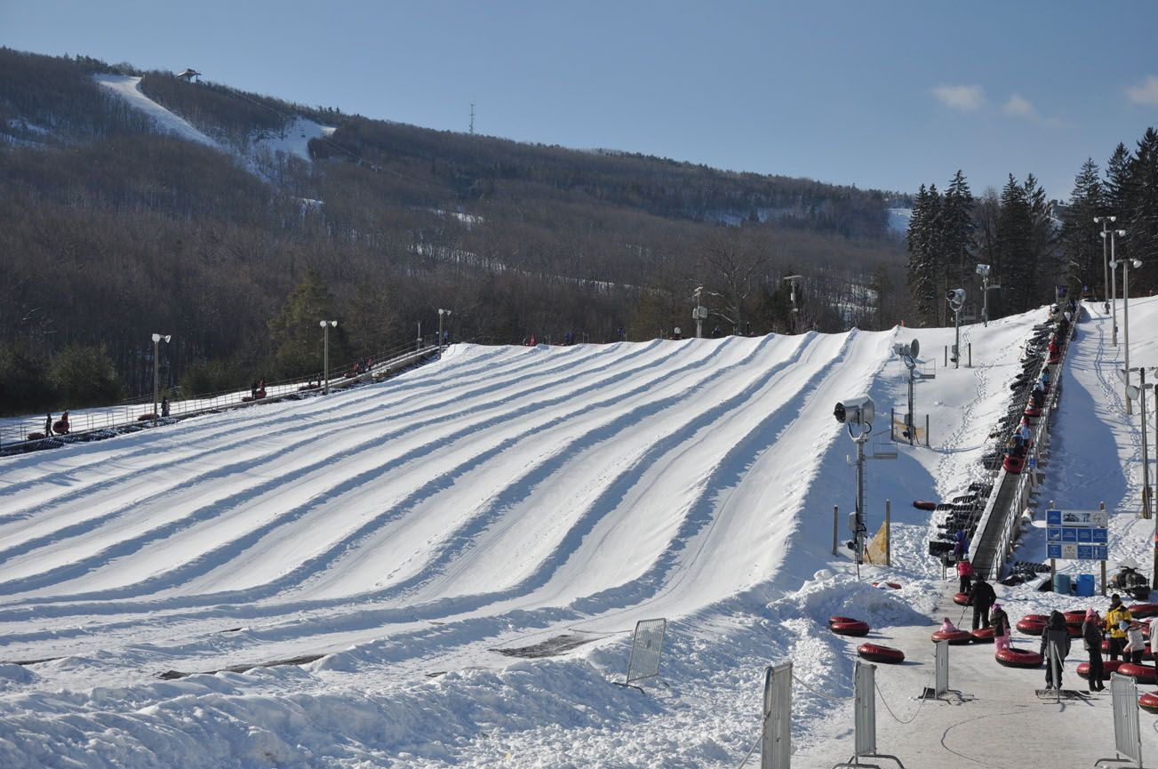 camelback mountain resort offers discounts for group snowtubing