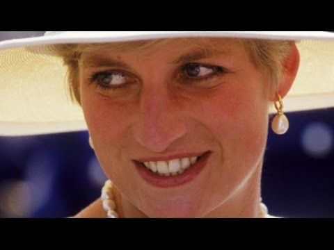 What Products Princess Diana Had in Her Makeup Bag - YouTube ... 6396663a6cc4d