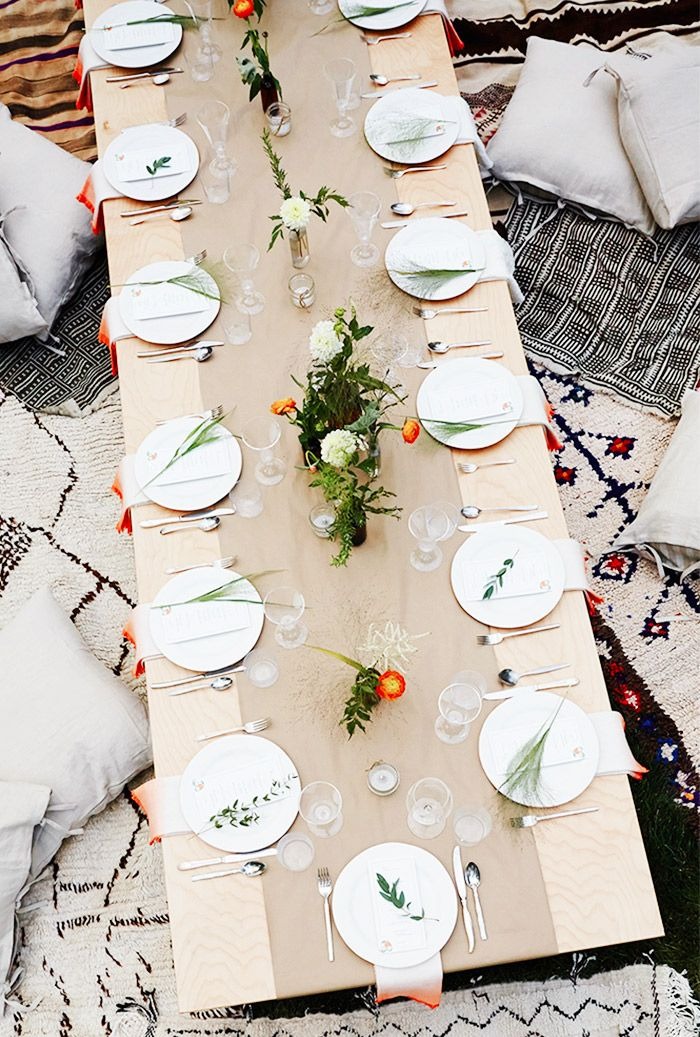 The 15 Best Summer Party Ideas That Will Inspire You To Play Hostess Outdoor Dinner Christmas Table Settings Christmas Table