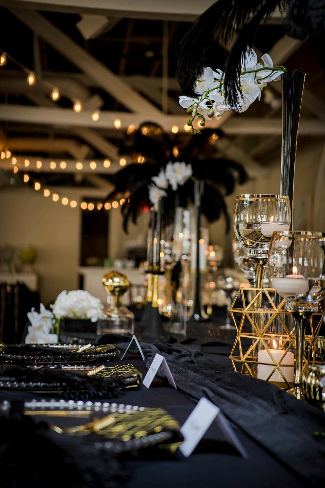 Great Gatsby Wedding Decor Black White And Gold Feathers