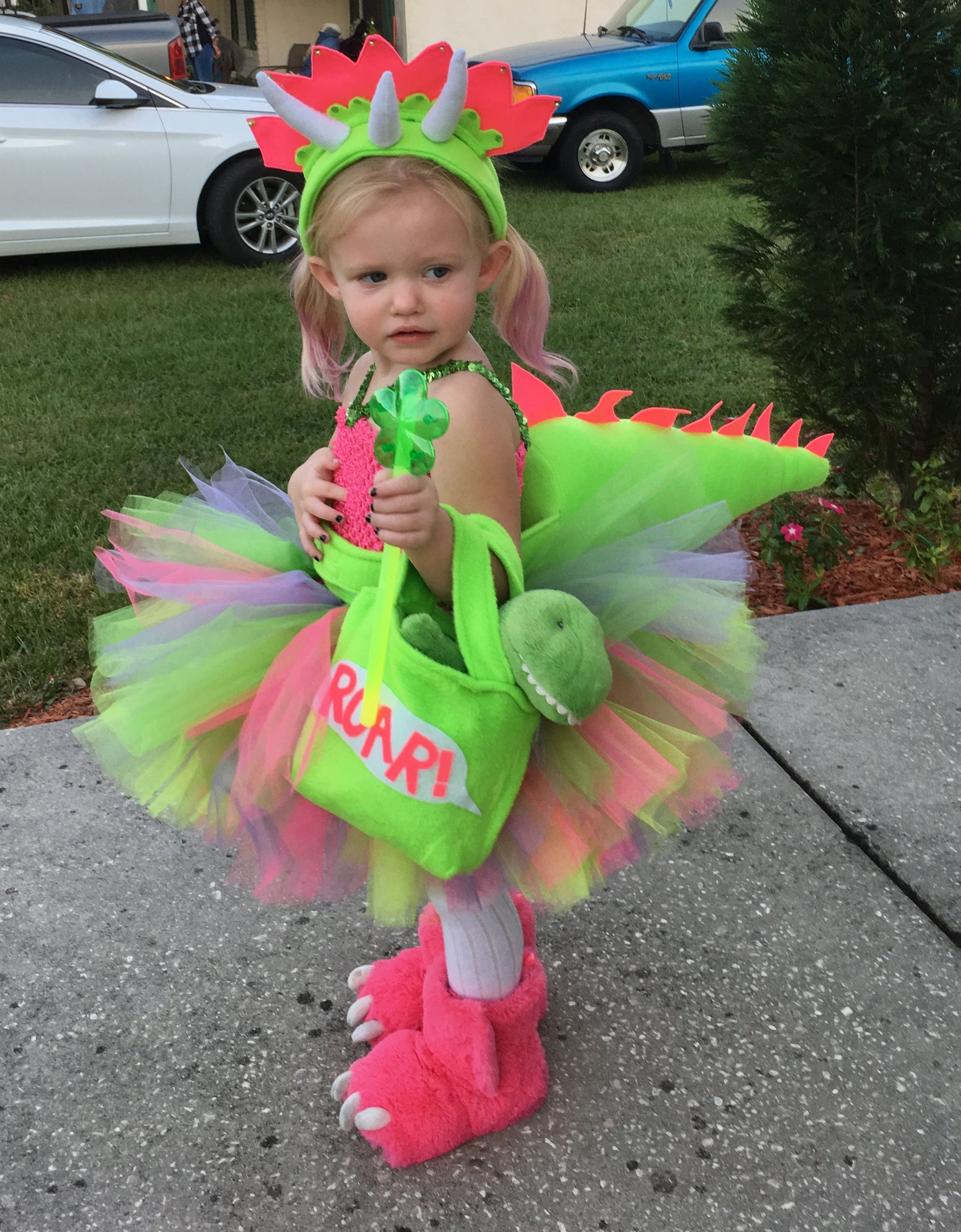 afb5c9463a80b Lily's triceratops dinosaur costume | Halloween for lily in 2019 ...