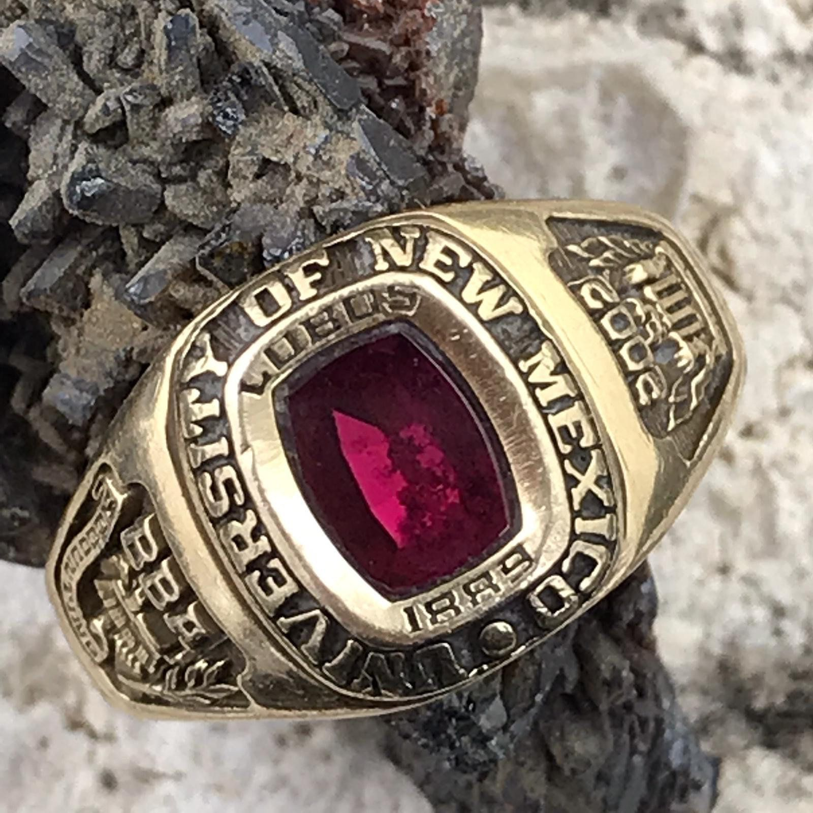 2002 new mexico university womens class ring size 675