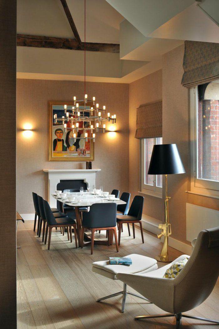 Delightful Esszimmer Einrichten Ideen Schwarze Stühle Kamin Gemälde Wandleuchten