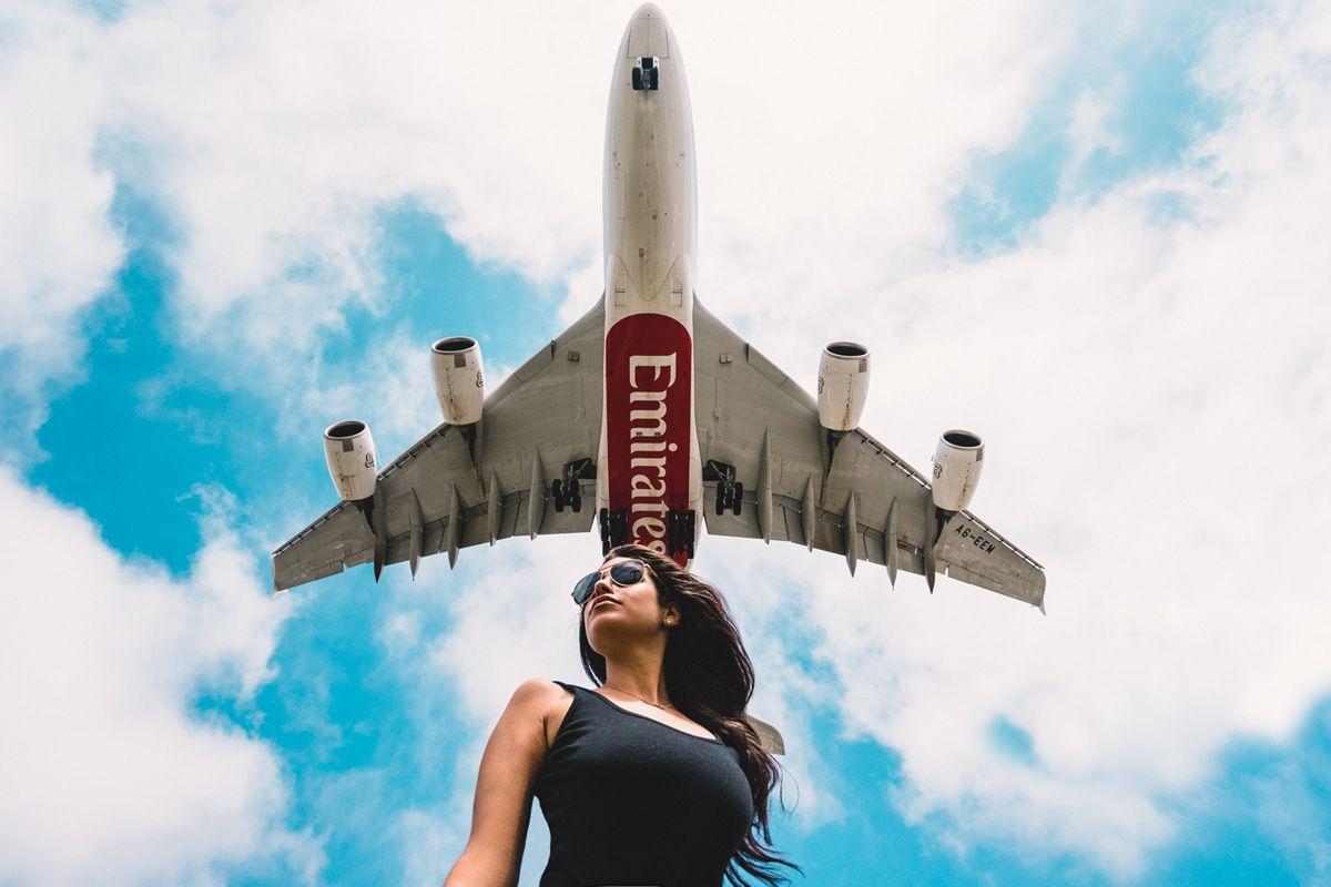 Emirates Plane Flyover Photo By Jeff Lombardo Reisen