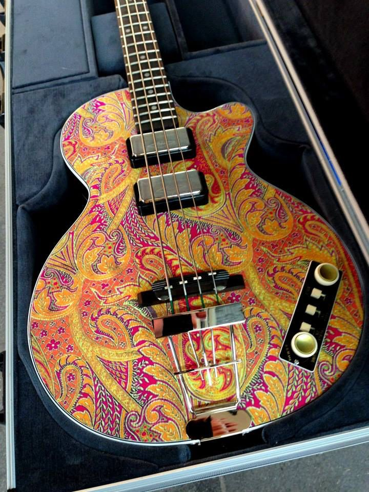 Hofner Club Bass With Cavern Pickup Configuration In A Paint Scheme For Namm 2015 Custom Electric Guitars Archtop Guitar Bass Guitar