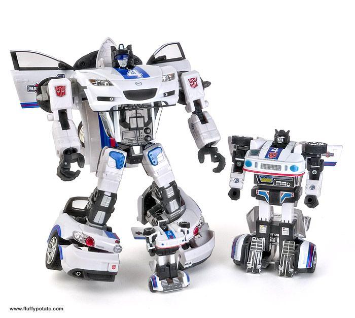 Transformers Alternators Meister (Jazz) with G1 Jazz and Smallest Transforming Transformers Jazz