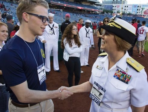 Washington Nationals Welcome Sailors With Us Navy Day Events Navy Day Navy Chief Washington Nationals