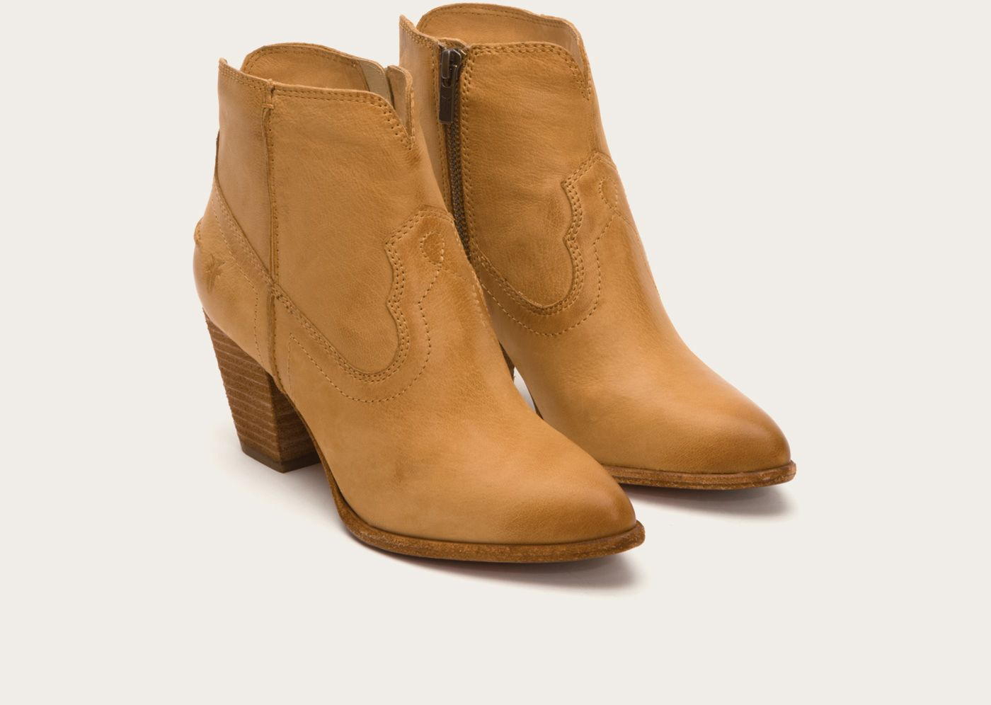FRYE | Leather Boots for Women | Since 1863