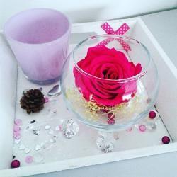 Plateaux pour une ambiance glamour, shabby chic, romantique... En savoir plus sur http://www.artifleurs-fleurs-artificielles.com/#Zxtzt1bRRtPvyCIC.99