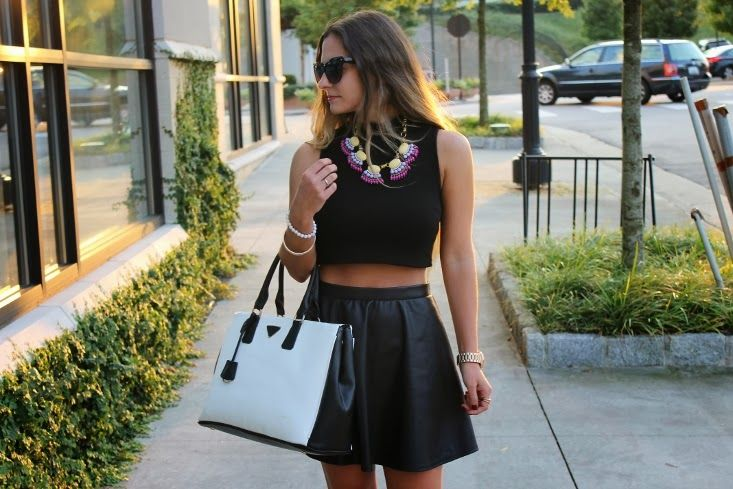 19 Ways to Wear Crop Tops | Her Campus