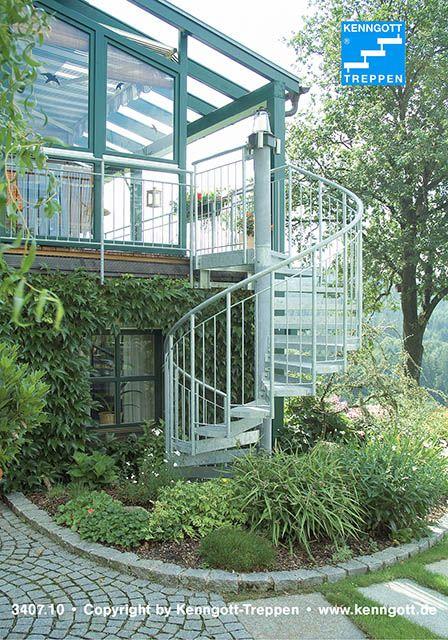 aussentreppe metall metalltreppe als spindeltreppe. Black Bedroom Furniture Sets. Home Design Ideas