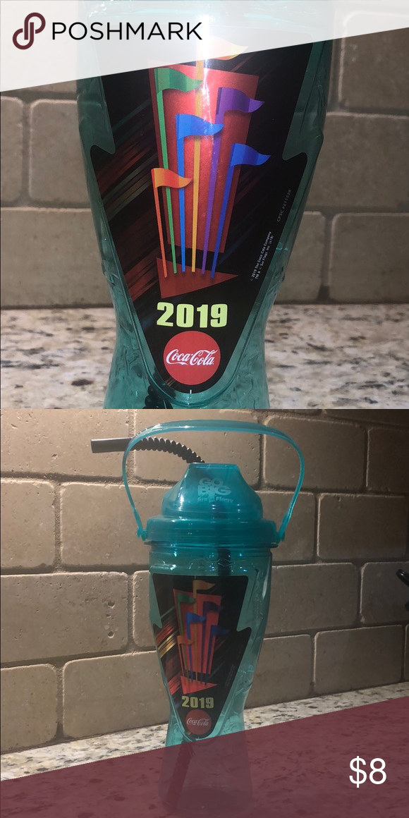 Six Flags Over Texas Refill Cup 2019 Green Refill Cup For Six Flags Over Texas Use These For Free Refills Throughout Th In 2020 Six Flags Over Texas Six Flags Refill